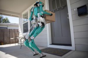 Життя Ford доставлятиме пакунки за допомогою безпілотного авто та двоногого робота Ford новина Організація роботи роботи сша транспорт у світі