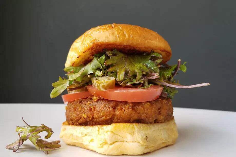 Бургер без м'яса може врятувати довкілля