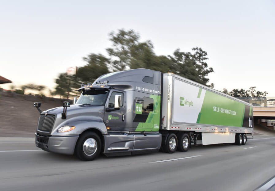У кількох штатах США пошту доставлятимуть самокеровані вантажівки