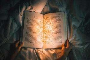 Життя Як ліпше читати книжки? книги стаття україна