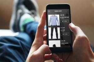 Життя В Amazon створили додаток, що розпізнаватиме одяг з фото додатки новина одяг сша у світі