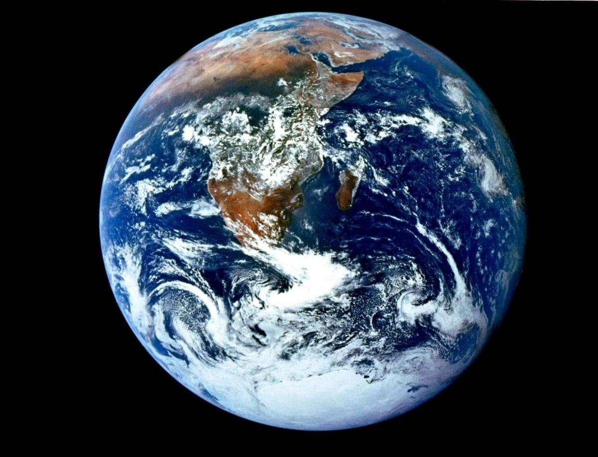Екзопланета Земля. Як ми виглядаємо із космосу?