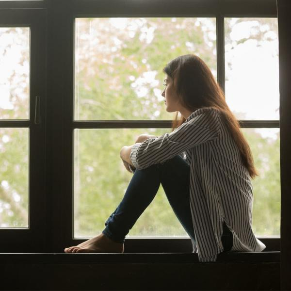 Чому виникає почуття самотності та як воно впливає на здоров'я?