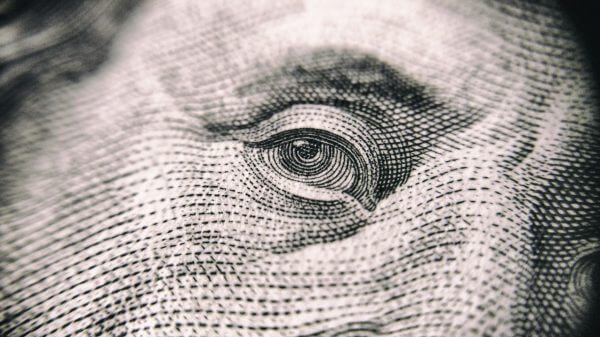 ФОПам можуть заборонити знімати гроші на власні потреби (доповнено)