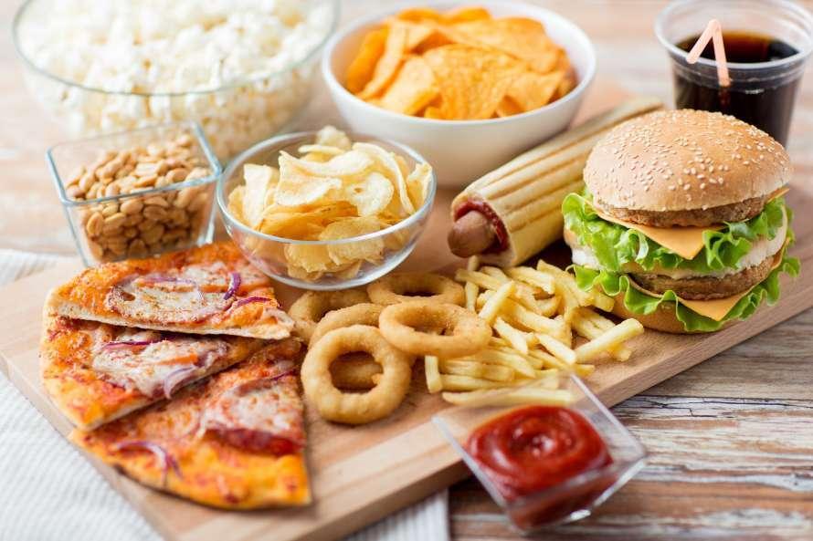 Жирна їжа псує роботу мозку, а не тільки фігуру