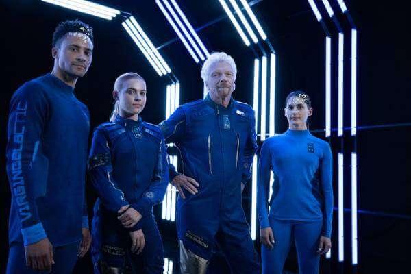 Дизайн одягу для космічних туристів Virgin Galactic
