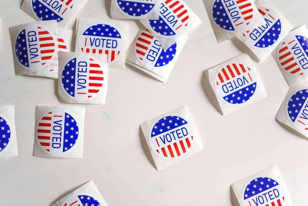 Facebook готовий до боротьби з фейками під час виборів у США