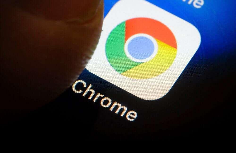 Як примусити браузер Chrome показувати всі сайти в темному режимі