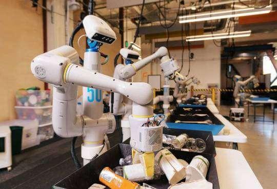 Технології Сьогодні він сортує сміття, а завтра дасть фору Boston Dynamics новина роботи сміття у світі штучний інтелект