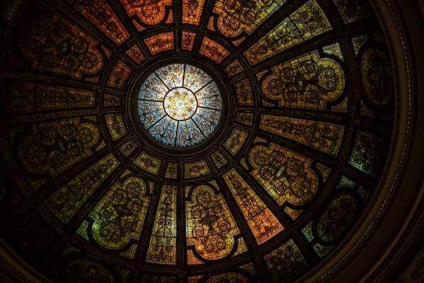 Воістину гармидер: як розпізнати фейкову церкву?