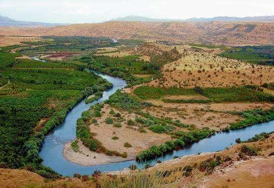 Життя Чому висихають великі річки Іраку (відео) embed-video відео екологія ірак