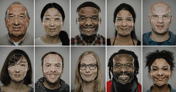 В Китаї скануватимуть обличчя всіх покупців SIM-карт