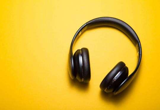 Життя Історія та міфи про шкоду навушників звук здоров'я лонгрід статистика стаття