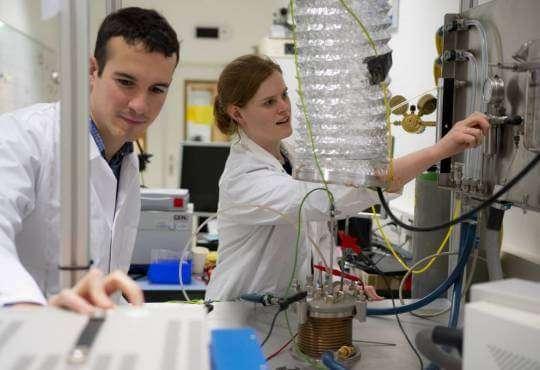Технології В Нідерландах видобувають кисень з місячного ґрунту космос наука новина у світі