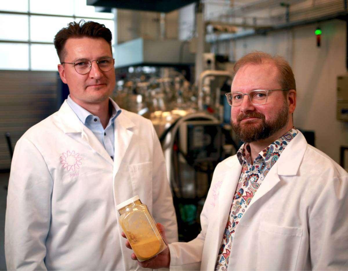 Вчені змогли виготовити білок із повітря й води