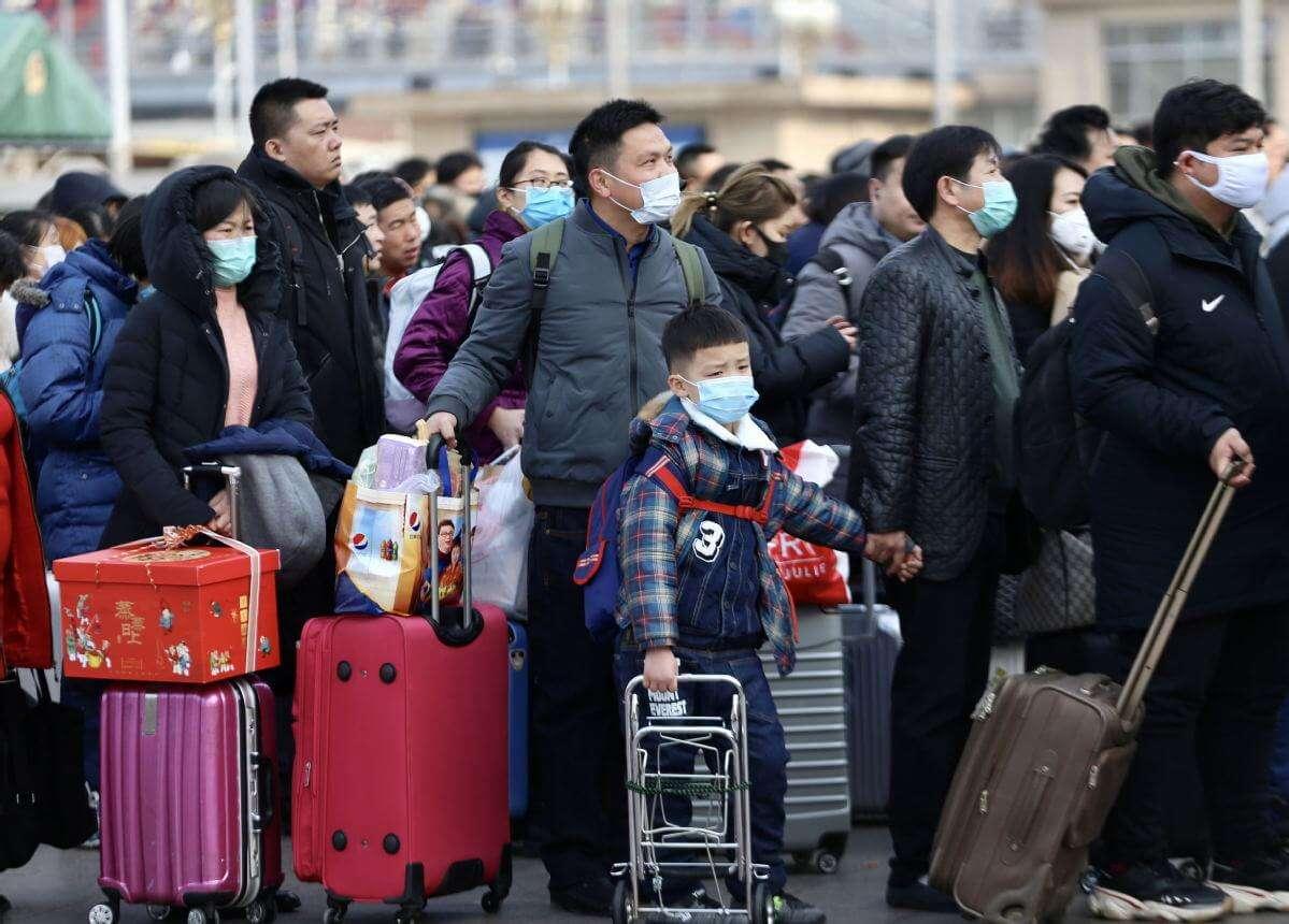 Китайський коронавірус мутує та адаптується