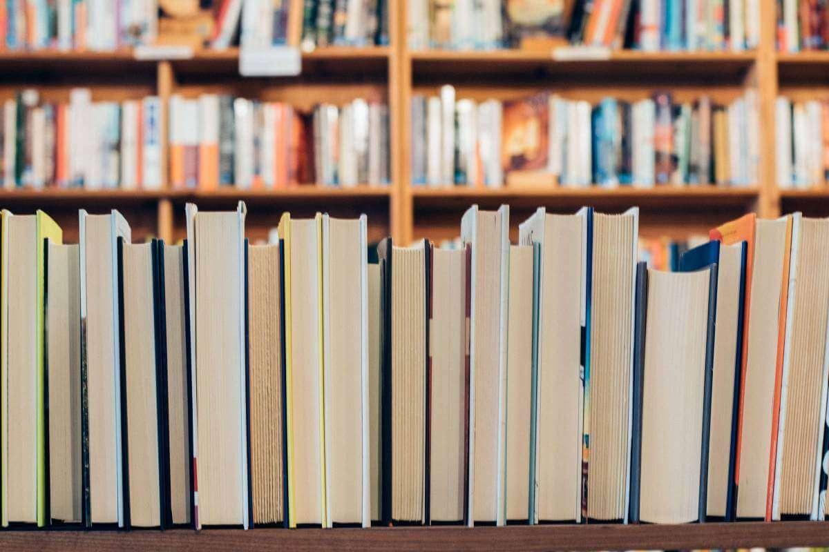 Що почитати у лютому? Українські книжкові новинки