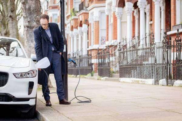Вулиця зелених ліхтарів: як Лондон стає зеленішим