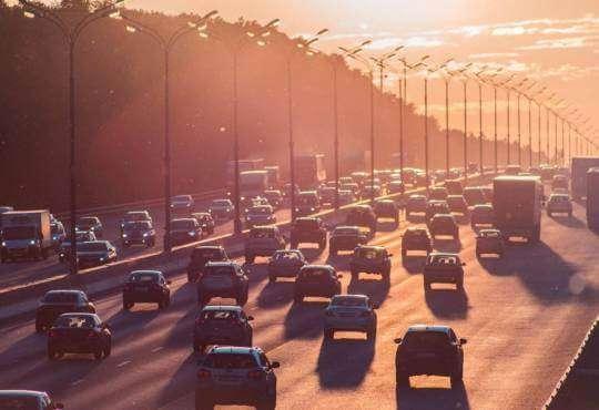 Технології Як епідеміологія передбачає автомобільні затори? математика стаття технології