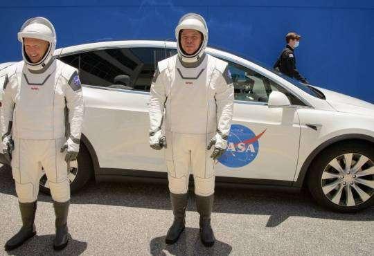 Технології Сьогодні відбудеться перший пілотований запуск корабля SpaceX Crew Dragon на МКС nasa ілон маск космос новина сша