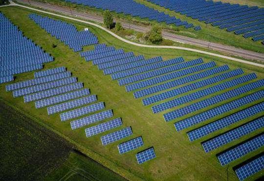 Життя Вчені розв'язали проблему перегріву сонячних панелей енергетика сонячні батареї стаття технології