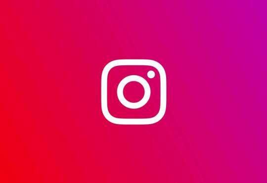 Інтернет Інстаграм частіше показує фото людей без одягу, ніж у ньому instagram новина соцмережі статистика