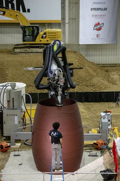 1/3 розміру конструкції MARSHA від AI Space Factory.