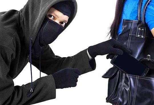 Життя Що робити, коли вкрали смартфон? безпека стаття у світі україна