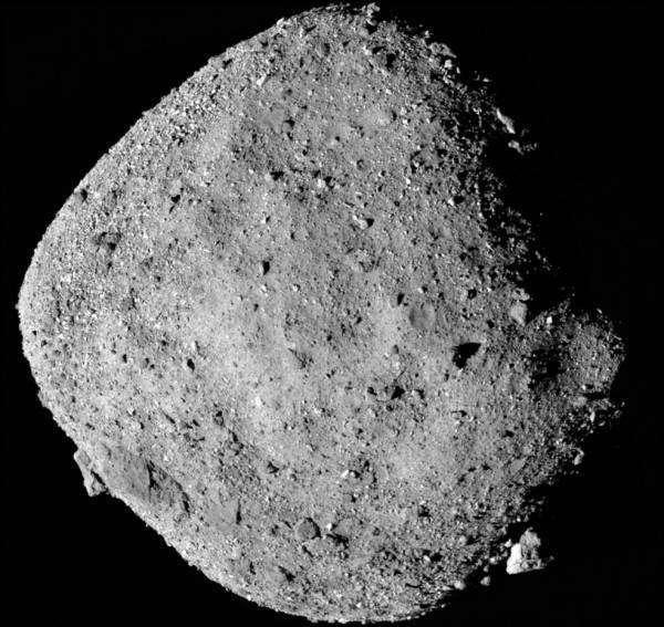 На Землю доставлять ґрунт з потенційно небезпечного древнього астероїда