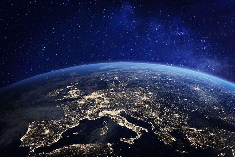 Чому міста витрачають енергію на освітлення космосу?