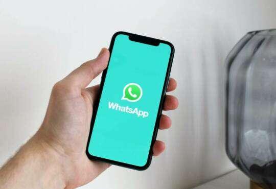 Інтернет WhatsApp ділитиметься приватними даними користувачів із Facebook facebook WhatsApp безпека месенджери новина