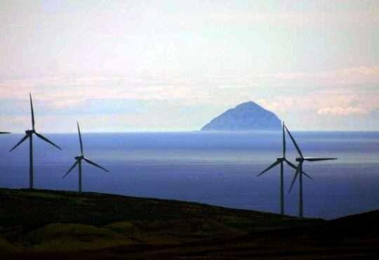 Життя 97% електроенергії Шотландія отримала з відновлювальних джерел екологія новина у світі шотландія