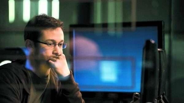 NFT Едварда Сноудена продали за $5,5 млн