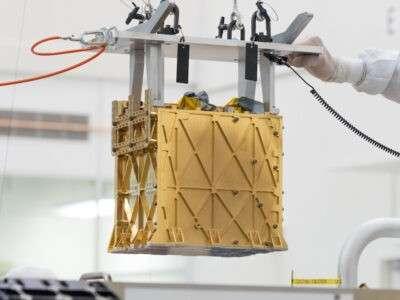 Технології Апарат Moxie вдихатиме гази з атмосфери Марса та генеруватиме з них кисень космос марс стаття