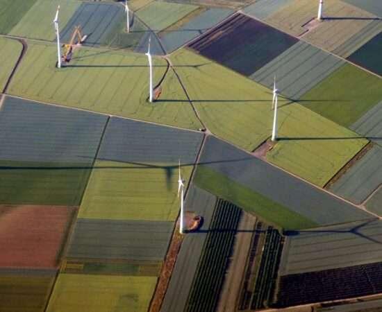 Технології Сонячні та вітряні електростанції вже дешевші, аніж 80% вугільних екологія зелена енергетика стаття