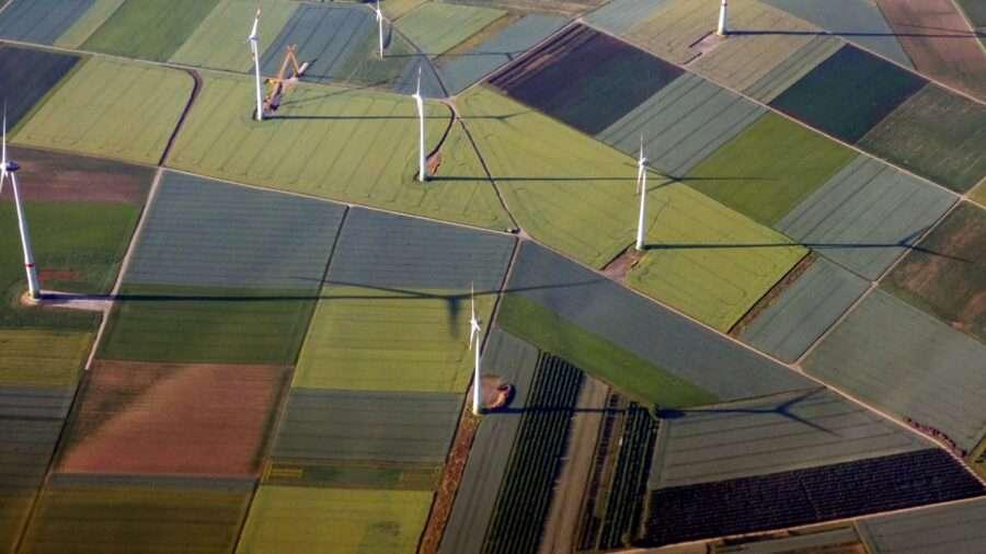 Сонячні та вітряні електростанції вже дешевші, аніж 80% вугільних