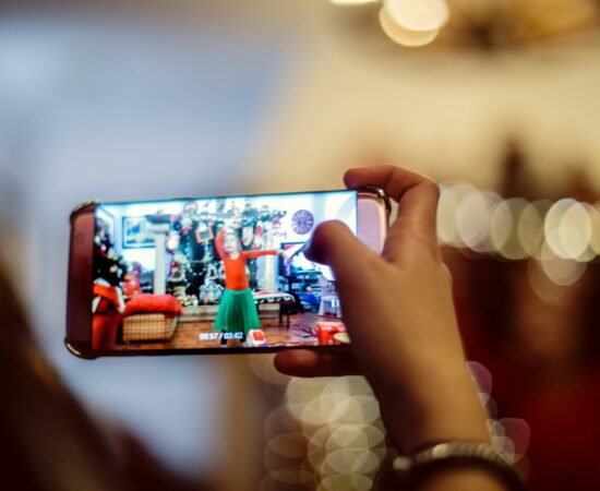 Технології Настрій, вік, стать та характер: що ще розпізнають акселерометри у смартфонах безпека смартфони стаття у світі