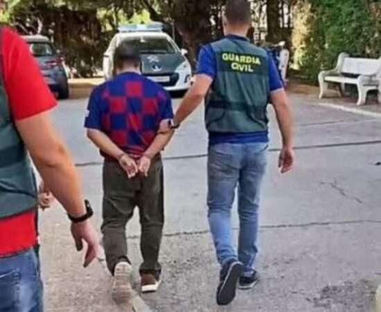 Життя В Іспанії грабіжник украв гаманець з виграшним білетом та придбав собі дім безпека іспанія лотерея новина