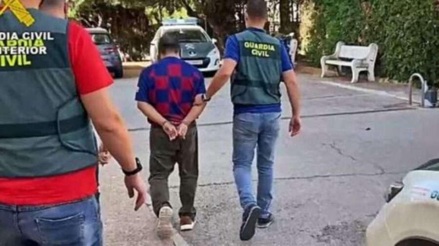 В Іспанії грабіжник украв гаманець з виграшним білетом та придбав собі дім
