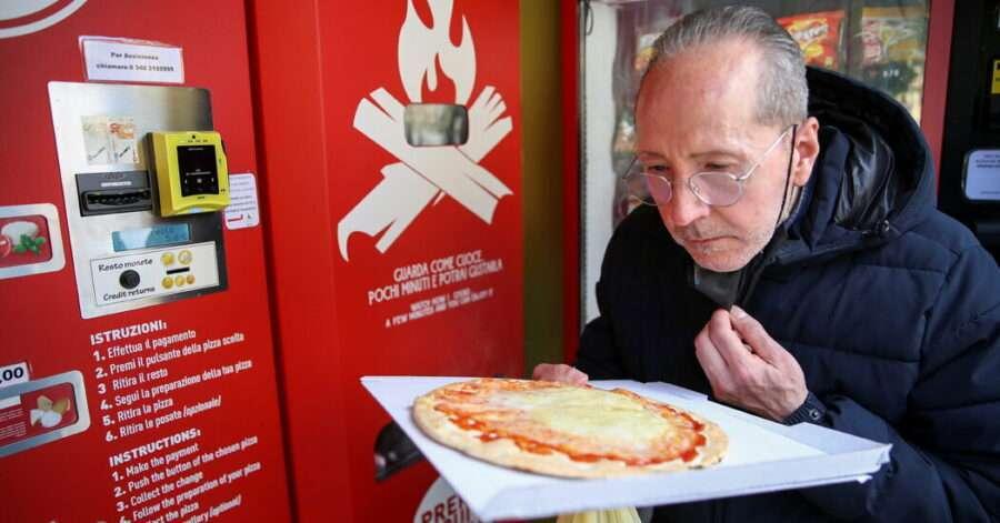 У Римі відкрили перший автомат з продажу піци