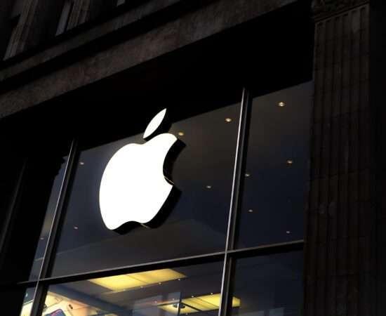 Технології Apple скануватиме фотографії користувачів без зайвих виправдань apple кібербезпека стаття
