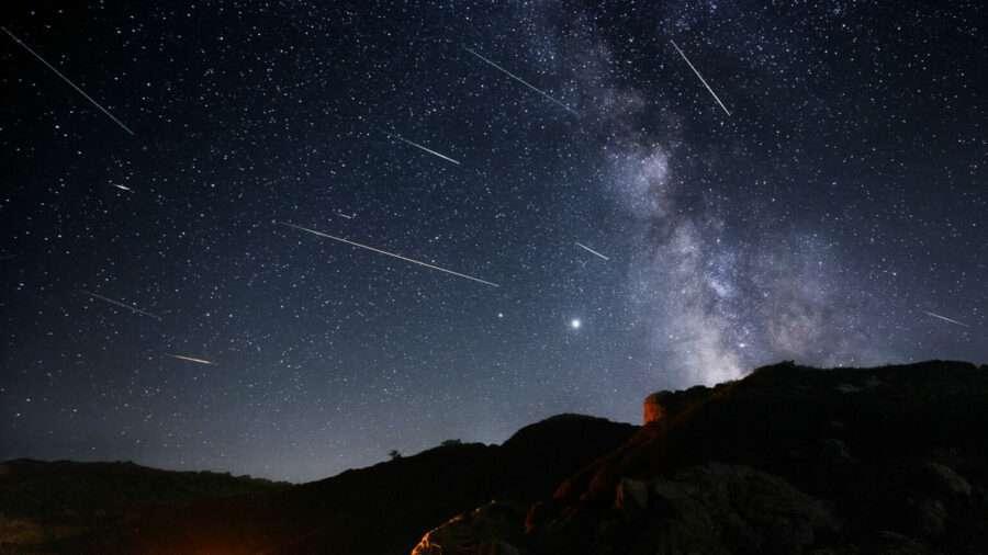 Наближається пік Персеїд: як спостерігати за метеорами